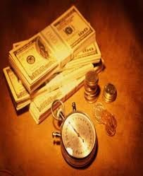 положить деньги на разные вклады потом закрыть выгоднее